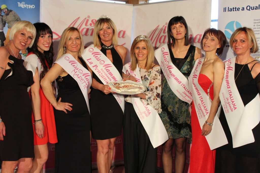 Vincitrici della selezione di Miss Mamma Italiana 2017 a Orezzo di Gazzaniga