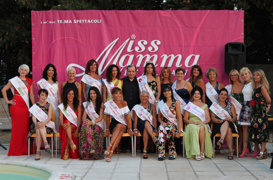 Le mamme miss al Galà d'Estate a Brisighella