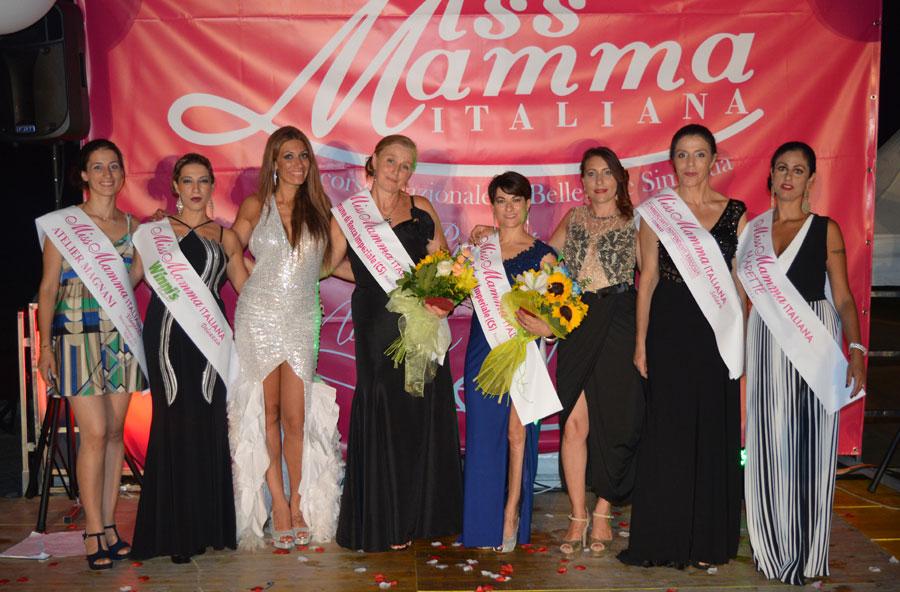 Vincitrici della selezione di Miss Mamma Italiana a Rocca Imperiale Cosenza