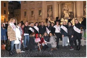 La Nazionale di Miss Mamma Italiana a Roma davanti alla Fontana di Trevi