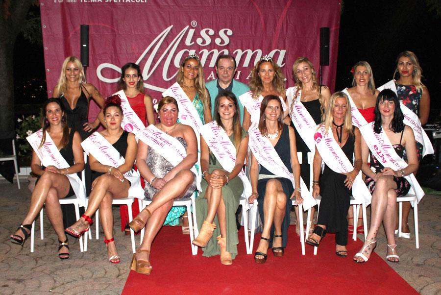 Mamme premiate alle selezioni di Rimini di Miss Mamma Italiana