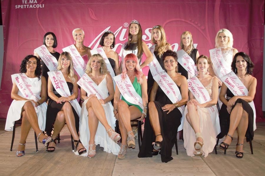 Mamme premiate alla selezione Miss Mamma Italiana 2020 a Lido Adriano
