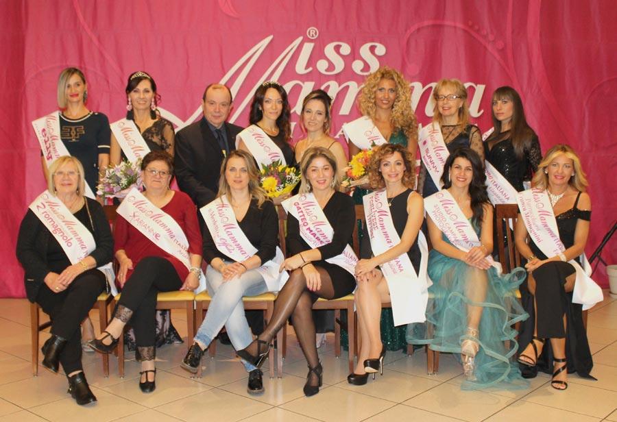 Mamme premiate alla selezione Miss Mamma Italiana 2020 a Offida