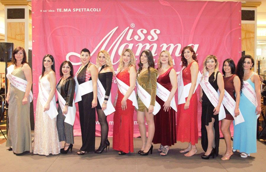 Mamme premiate alla selezione Miss Mamma Italiana 2020 a Roma